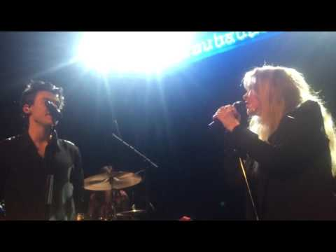 Harry Styles and Stevie Nicks performing Landslide at the Troubadour