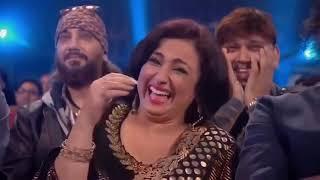 star Salman Khan Best anchoring in Star Guild Award   Salman khan
