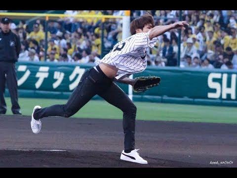 [FANCAM] 170602 Jungkook At Hanshin Tigers Baseball Game