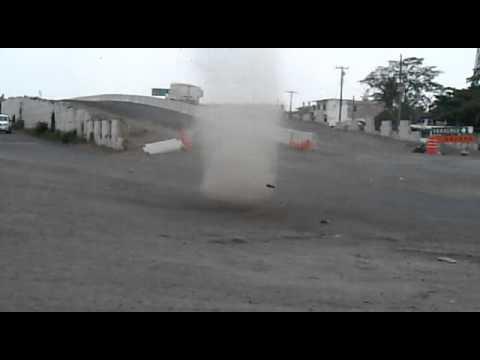 Mini tornado en paso del toro
