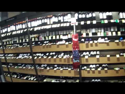 shopping-inside-total-wine-and-spirits-in-fort-myers,-florida