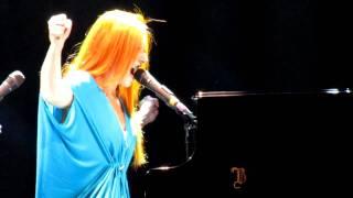 Tori Amos 'Precious Things' Live at Victoria Apollo London 18.07.2010
