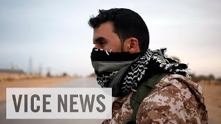 Скачать Libyans Flee As The Fight For Sirte Escalates VICE News Capsule March 17