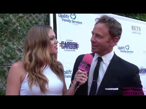2016 NORMA JEAN GALA RED CARPET INTERVIEWS | IAN ZIERING TALKS SHARKNADO 4, BUSY PHILIPPS & MORE
