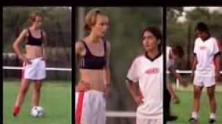 Keira Knightley - Bend It Like Beckham soundtrack Hot Hot Hot