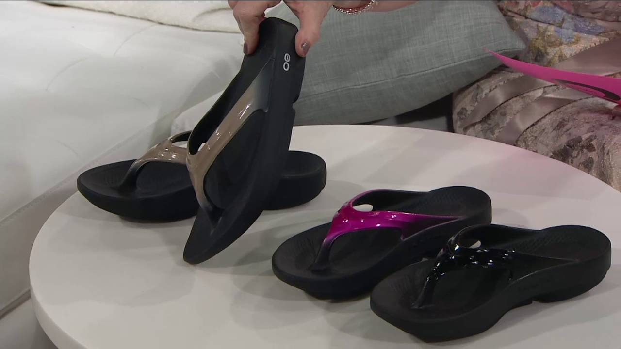 bbcec44bc53c OOFOS OOlala Comfort Flip-Flop Sandal on QVC - YouTube