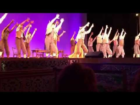 Newsies Touring Cast Surprise Performance at El Capitan