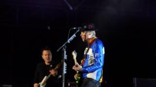 Blink 182 - Travis Barker Drum Solo - 2017 Lollapalooza