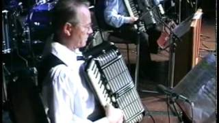 Jim Johnstone playing Billy Thoms Reel at the Bill Sharp Memorial Concert 2002