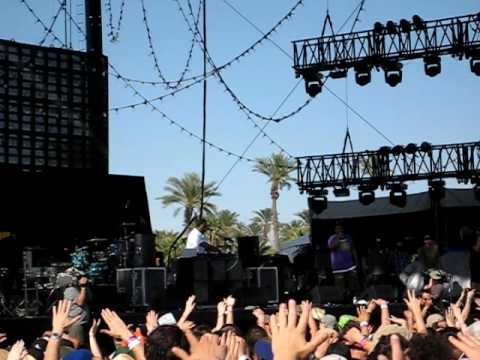 "Coachella 2010 De La Soul ""The Grind Date"