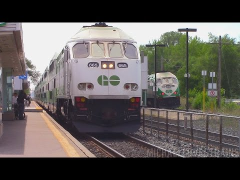 GO Train Action at Port Credit and Clarkson - Featuring LTEX Switching Action!