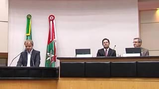 FURB e FAPESC promoveram na ALESC lançamento de duas obras