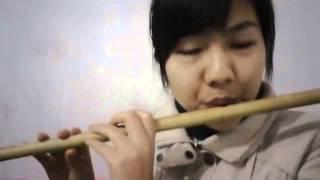 Cô gái trẻ tuổi thổi sáo Bến Thượng Hải khiến cộng đồng mạng săn lùng