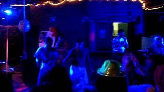 wachiturro tirando pasos en tinogasta con la musica de DJ.TANO y DJ.RAMIRO