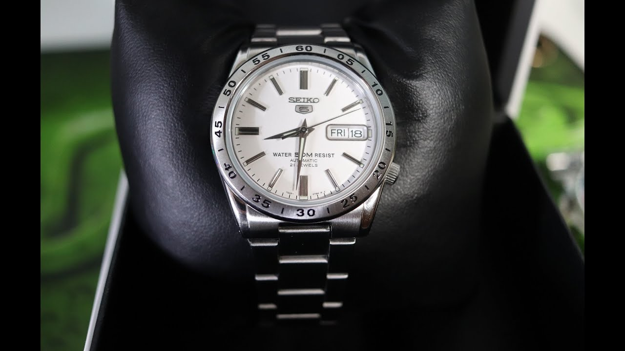 brand new 06dec aa786 Seiko SNKD97! My cheap version of a Rolex Explorer II! Unboxing!