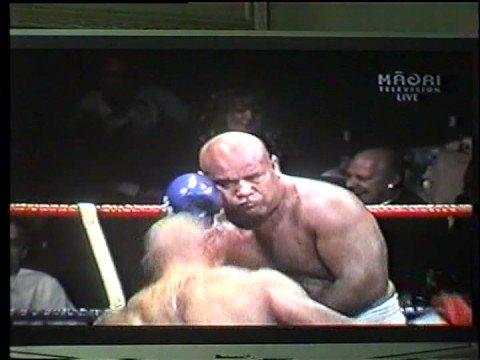 Samoan fighter Alex Leapai vs Tonga & Southpacific Heavyweight Champ Alipate Liava'a