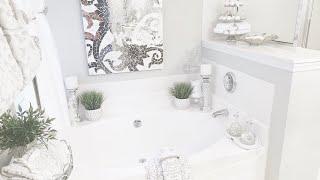 BATHROOM DECORATING IDEAS|TUB AREA|GLAMSOCKETS