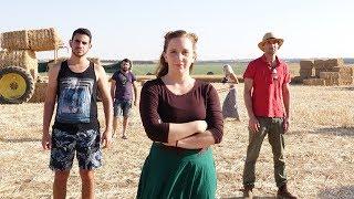 ג'ימבו ג'יי ולהקת ספא - עזבנו את תל אביב (קליפ רשמי) / גילי בית הלחמי בשפת הסימנים