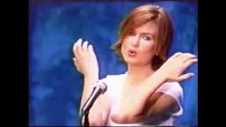"Juliana Hatfield ""Universal Heart-Beat"" music video"