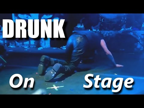 Drunk On Stage┃RockStar FAIL