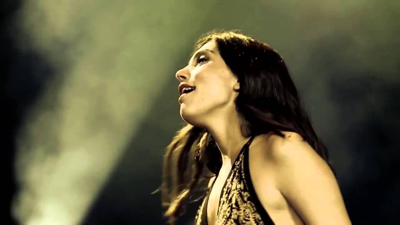 "Barcelona Gipsy Klezmer Orchestra – Djelem Djelem"" videosunu izleyin"