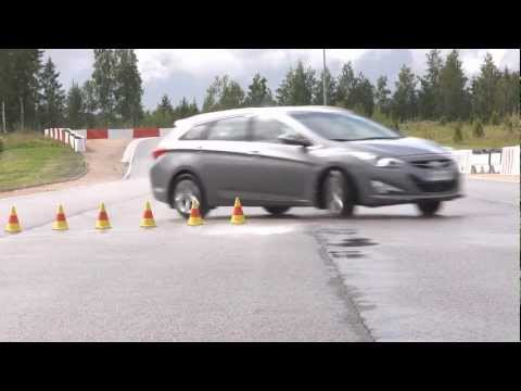 Hyundai i40 ajettavuus NRO13 2011