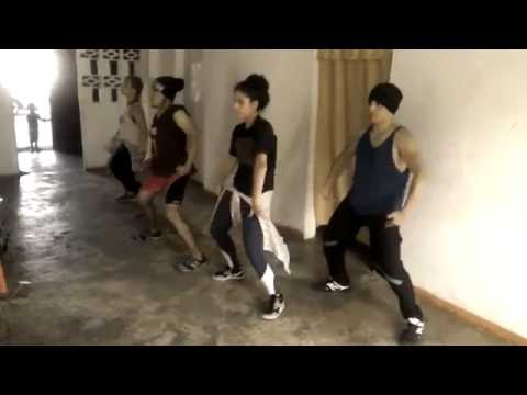 Mek It Bunx Up - Dee Wum (1er Ensayo)