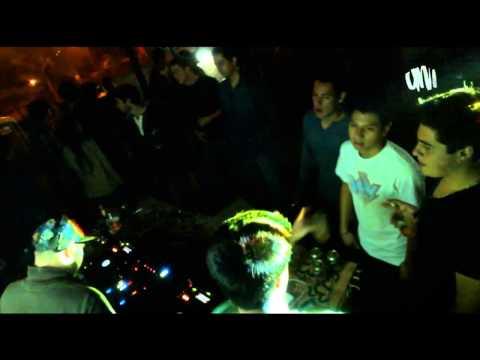 BLUE PEACH RECORDS @ WILDKATS(Corey Baker) & MY FAVORITE ROBOT(James Teej)  - LIMA, PERU