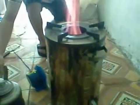 Bếp trấu không khói thế hệ mới