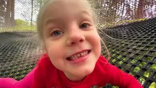 Невероятный детский игровой батут комплекс! | Приключения Арины и Регины