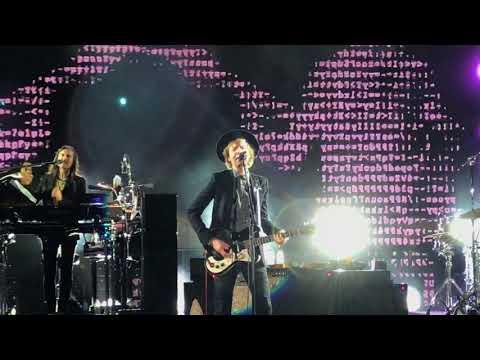 Beck, Black Tambourine (Live), 09.09.2017, Stir Concert Cove, Council Bluffs IA