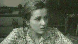 Людмила Зыкина Течёт река Волга Фильм Когда деревья были большими
