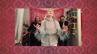 AURORA - Runaway (acoustic video)