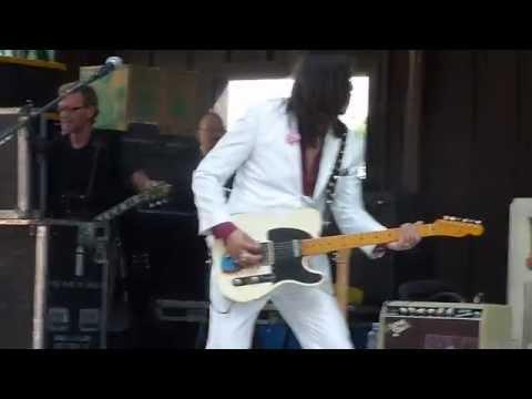 "The Mavericks ""Dance in the Moonlight"" (Eddie Perez Guitar Solo Intro)"