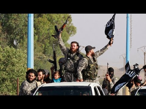 ISIS fighter admits he executed people, keeps living freely in Canada