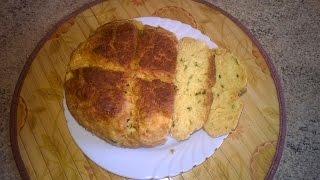 Бездрожжевой хлеб с базиликом в мультиварке