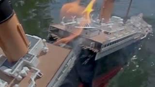 [Model Titanic SPLITS #1] - High-Angle Breakup & Sinking