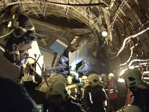 Moscow Metro Workers Questioned in Subway Crash