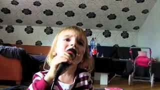 Die Toten Hosen -Tage wie diese ( Cover Chiara 5 Jahre)