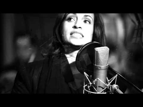 Emilia Mitiku | Dream A Little Dream (Live)