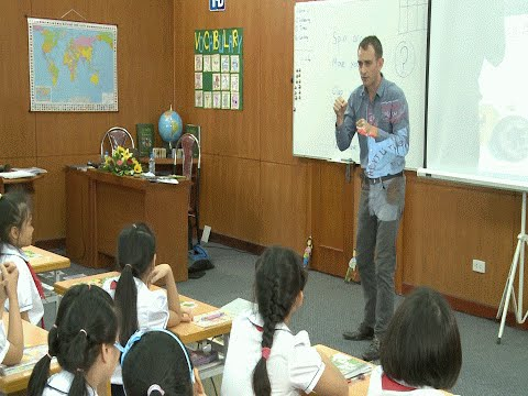 Demo tiết giảng mẫu Tiếng Anh 4 Tập 2 : Tiết 1/ Unit 11/ Lesson1
