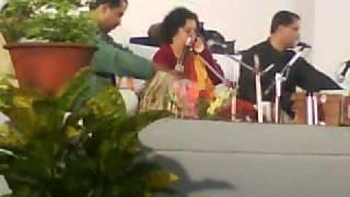 Aaj Jaane Ki Zid Naa Karo, Smita Agarwal, Allahabad University