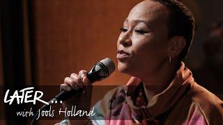 Emeli Sandé - Next To Me (ft. Jools Holland) (Live on Later)