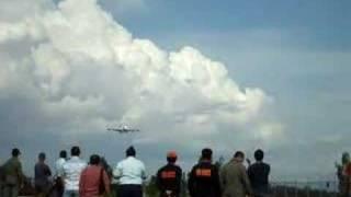 The BIGGEST airplane in Manila