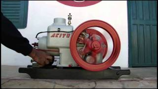ANTIGO MOTOR ESTACIONÁRIO - VINTAGE STATIONARY ENGINE - AKITU 1932