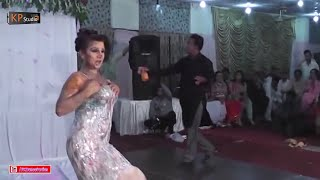 SHAZIA CHAUDHARY SHADI DANCE PERFORMANCE 2016 - MUJRA DANCE