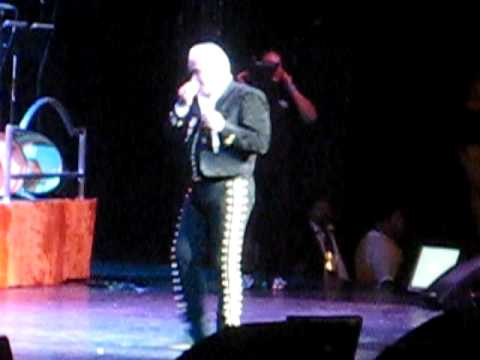 Vicente Fernandez Cruz de Olvido Concert 11/6/09