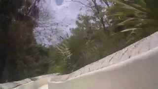 Спуск на водной горке в Эксплоре (xPlor)