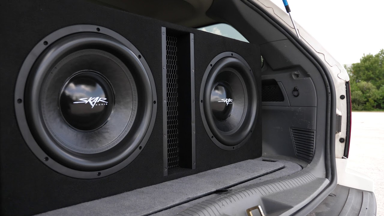 Skar Audio 5,000 Watt EVL-2X15D4 Dual 15-inch Loaded Subwoofer Enclosure  Demo!!