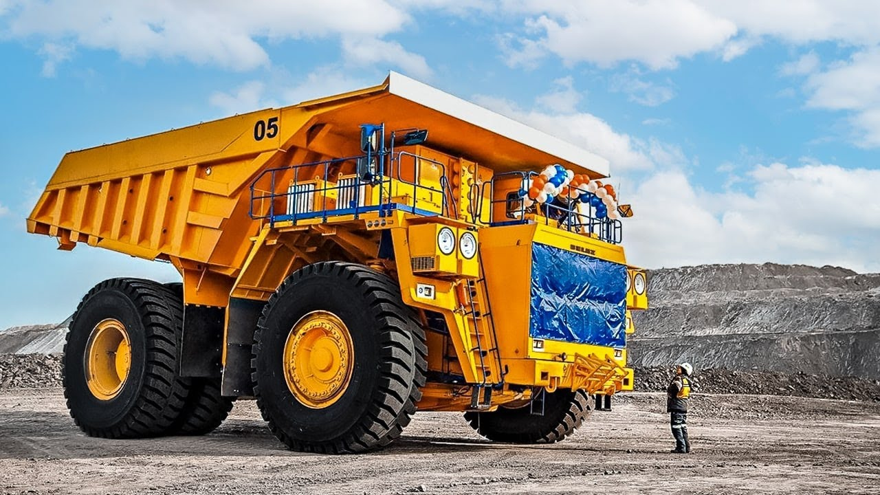 Download 10 IMPRESSIVE HEAVY DUTY MACHINES YOU NEED TO SEE
